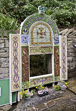 Chadkirk Well Dressing 2013